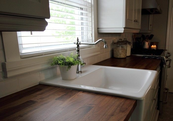 Kitchen Sink Essential Cleaning Tips