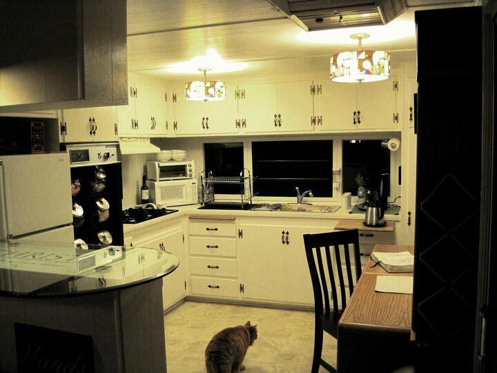 s kitchen lighting, 2 Medallion Kitchen Ceiling Lights