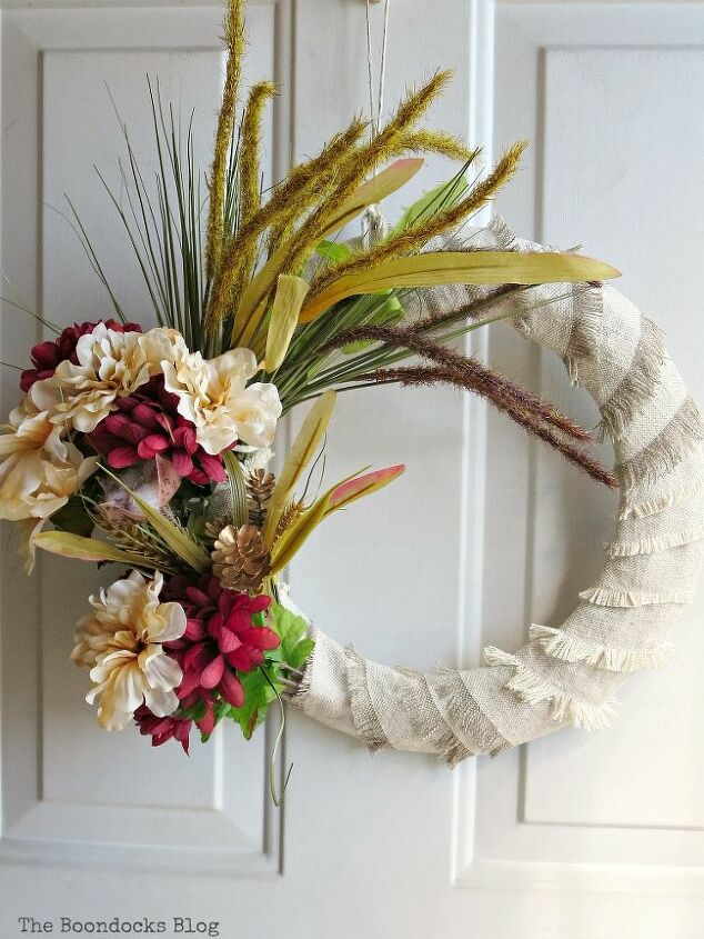 how to make an easy fringed fall wreath with dollar store items