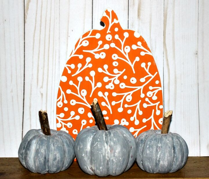 how to make faux concrete pumpkins for fall with dollar store supplies