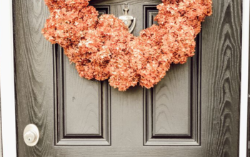 Snip Off Your Dead Hydrangeas for a New Look!