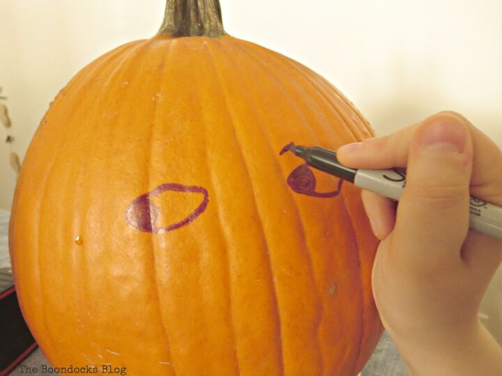 the easiest pumpkin craft project ever