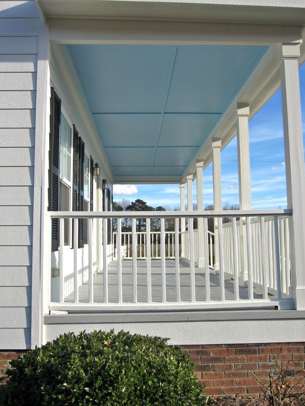 Painting Porch Ceiling Blue (Dolly Sarrio)