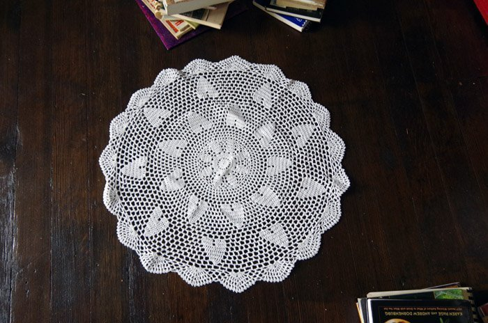 lace doily upcycling on my radio stand kitchen island
