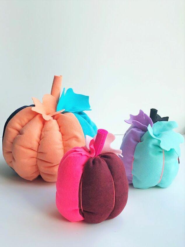 diy easy color blocked felt pumpkins