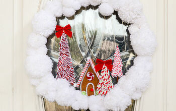 Yarn Pom Pom Gingerbread Christmas Wreath