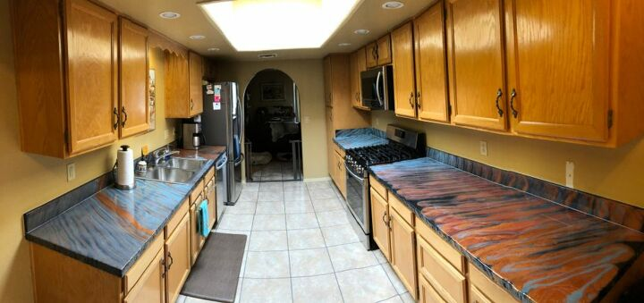 q what color for cabinets