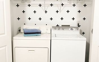 $1 Laundry Room Make Over