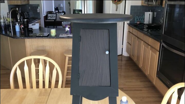 plant stand side table upcycle