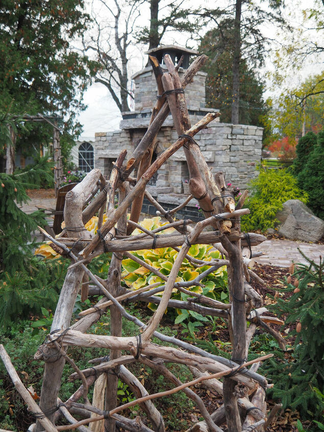 how to build garden obelisk trellis with branches and twigs