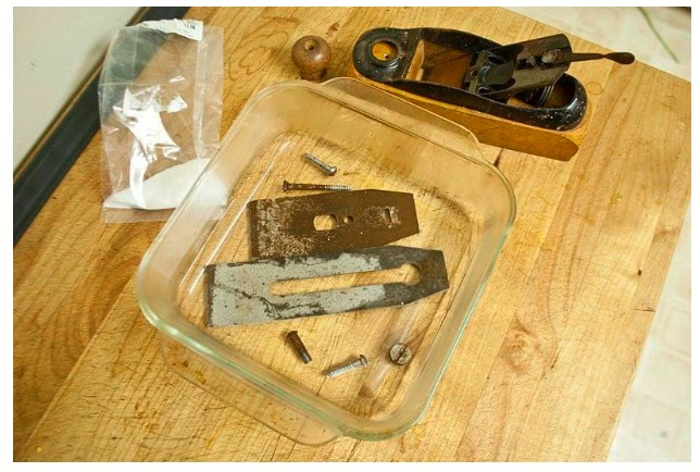 how to clean rust from steel tools with citric acid