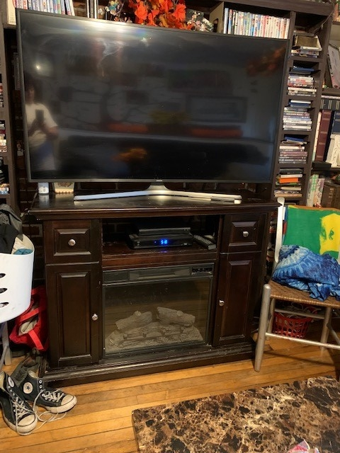 q how do i update this entertainment center faux fireplace