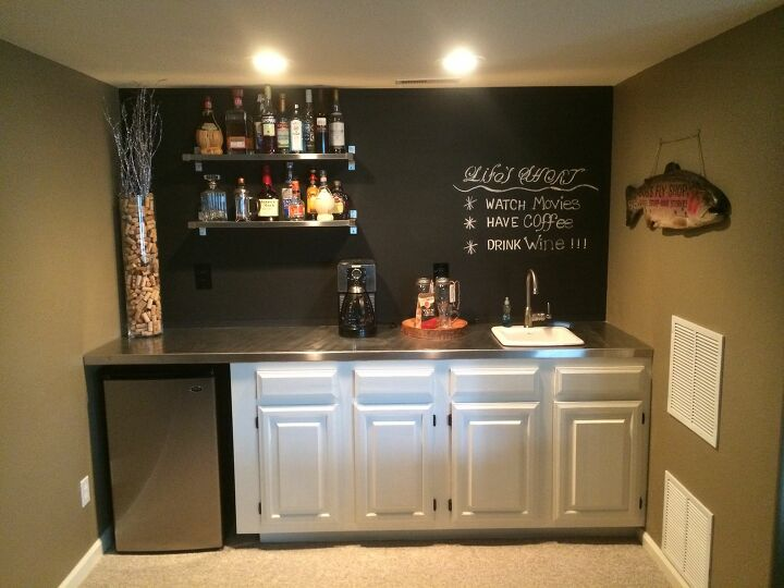 17 of the Most Refreshing Basement Bar Tips You'll Raise a Glass To