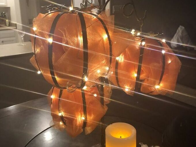 fairy lights and tulle fall decor