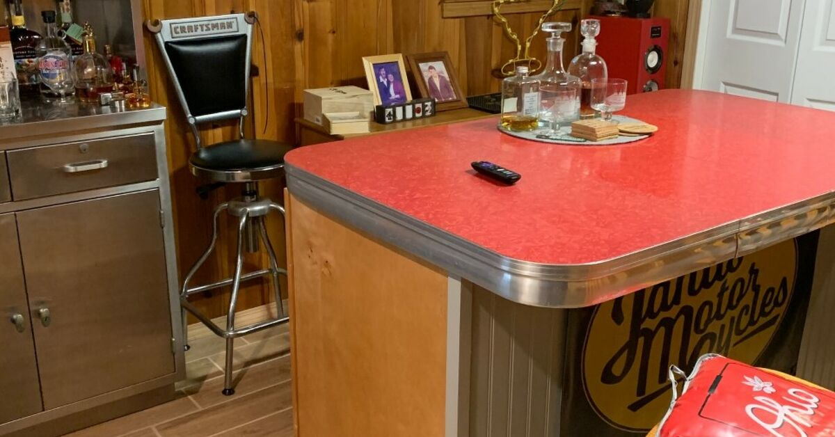 Red Formica