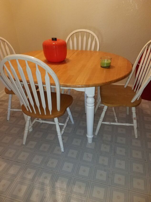 q redo table chairs