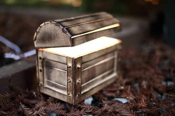 diy treasure chest