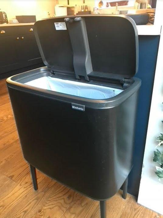 A kitchen bin that wont close is useless!