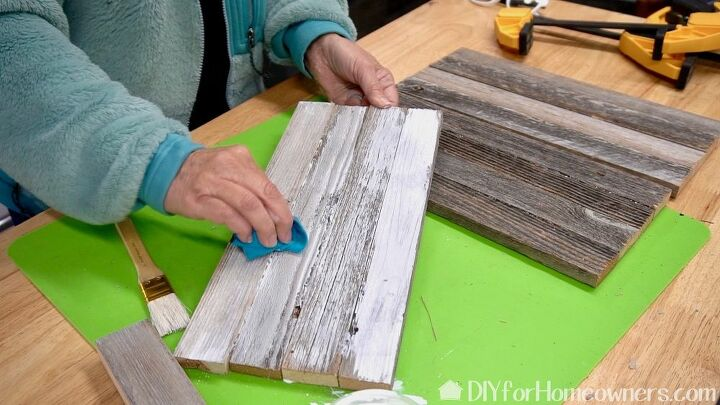 how to make a pallet lantern with no nails