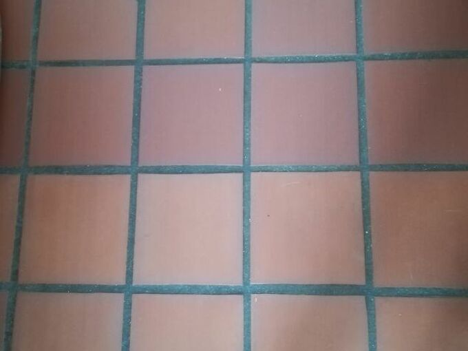 q paint the grout on my terracotta tile floor