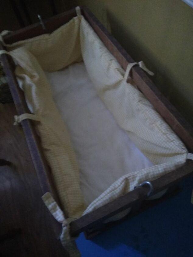 q how do i make a simple cradle holder