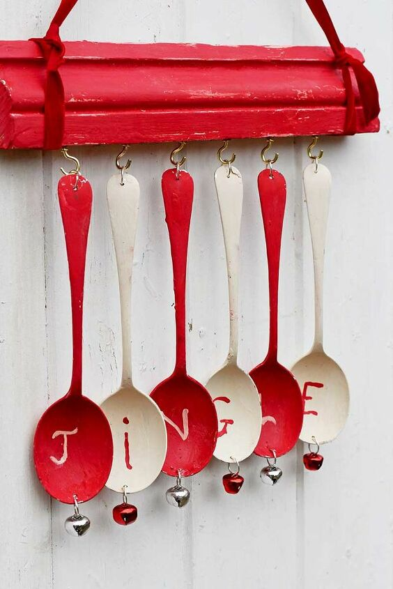upcycled christmas wind chimes