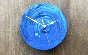 Paint Skin Resin Clock