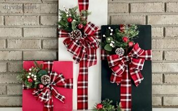 Wood Plank Christmas Presents