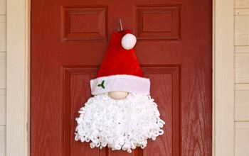 Loopy Yarn Santa Gnome Wreath