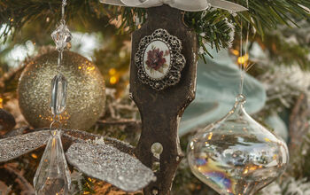 Upcycle Vintage Doorplates Into Christmas Ornaments