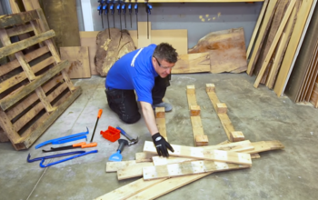 How to Take Apart a Pallet Without Using Power Tools