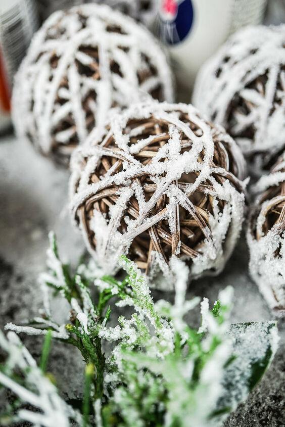 cheap diy snowy string lights