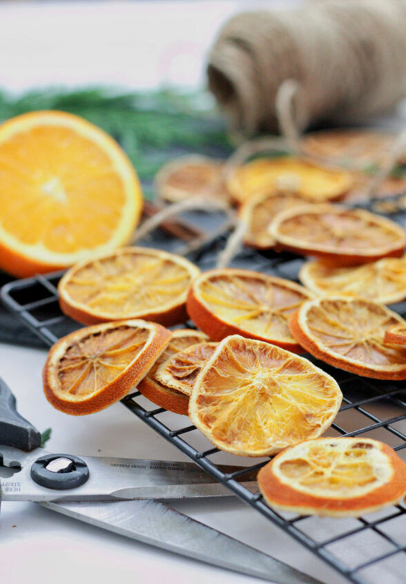 orange garland and ornament how to