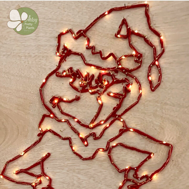 diy grinch string art with lights