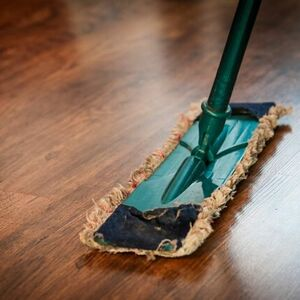 Clean your hardwood floors naturally!