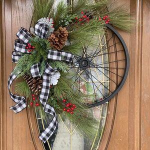 Turn a bicycle wheel into a chic farmhouse wreath!