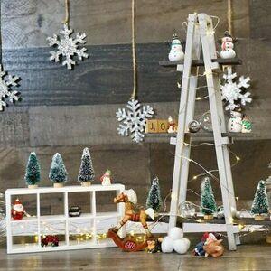 Build a mini a-frame Christmas tree