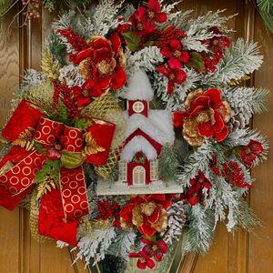 Copy this designer Christmas wreath!