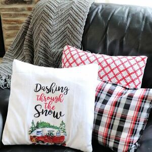 Turn a dish towel into a holiday pillow