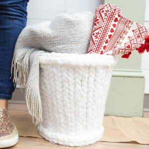 Turn a cheap wastebasket into a chunky sweater wastebasket