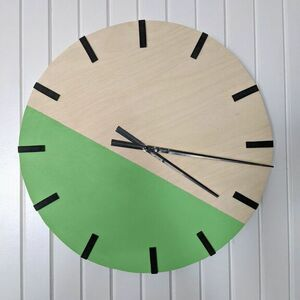 Make a color blocked clock from scratch!