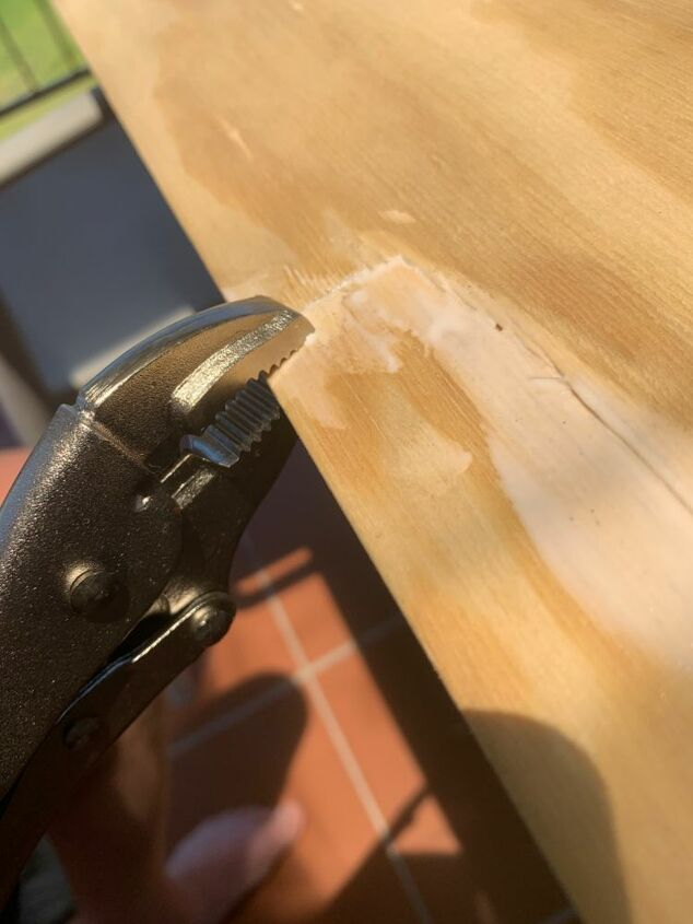 The fix: sanding, wood glue and clamp