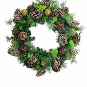 Beautify your front door with this winter wreath