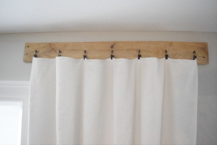 how to make pallet curtain rods