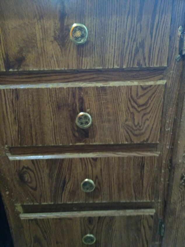 q worn out laminate kitchen cabinets