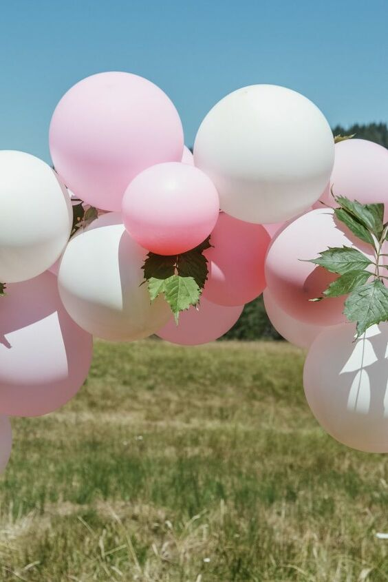 how to make a balloon garland like a pro