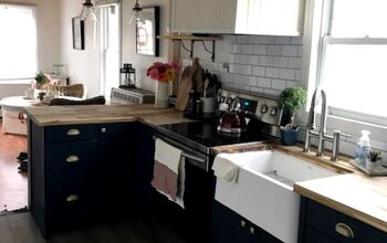 Dark Cottage Kitchen Updated to a New Modern Farmhouse Style