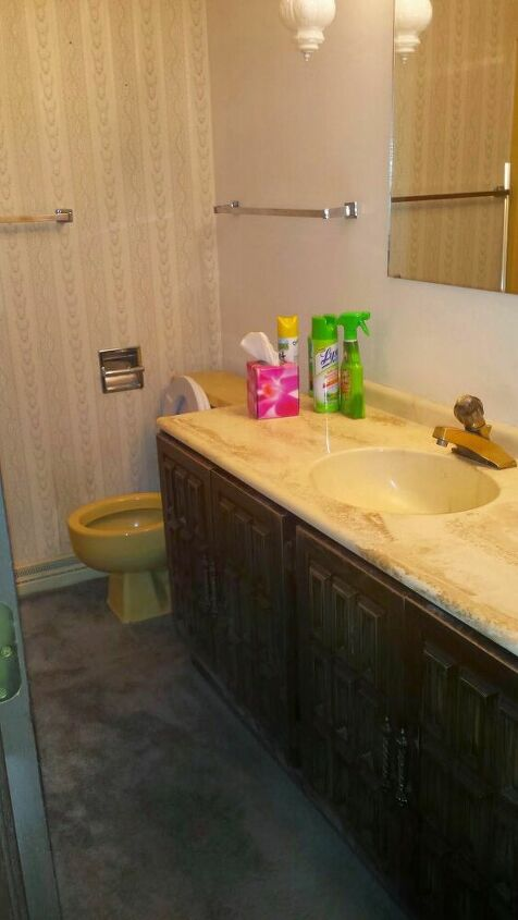 q help me with this 70 s bathroom please