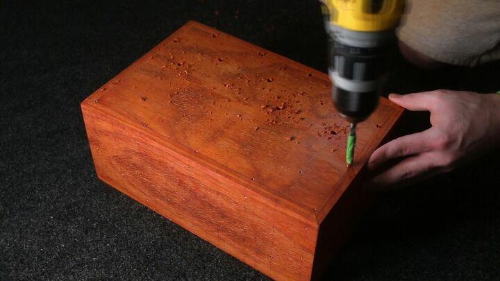 make a polka dot keepsake box