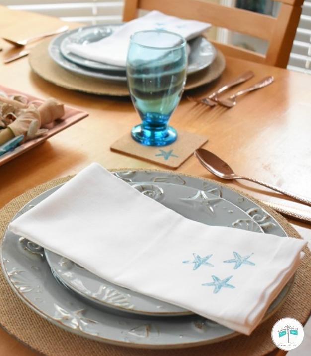 quick easy way to dress up cloth napkins